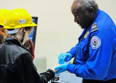 TDL-TSA-hand