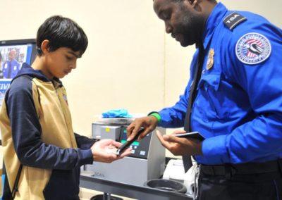 TDL-TSA-officer